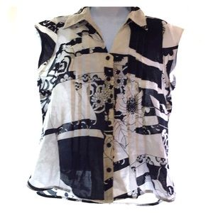 Black and white button up blouse sleeveless floral